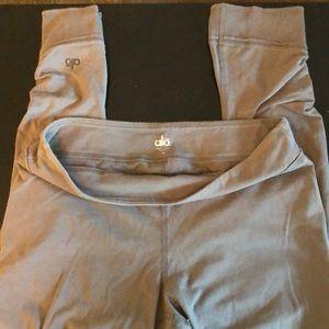 Alo Yoga Crop Leggings, Size M